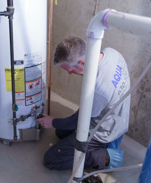 Servicing a water heater